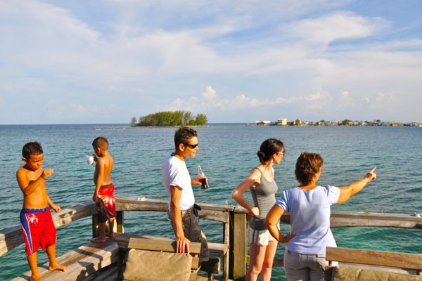 Dock (2nd level) to Utila Cays