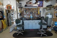Crystal Beach House Garage-Workshop