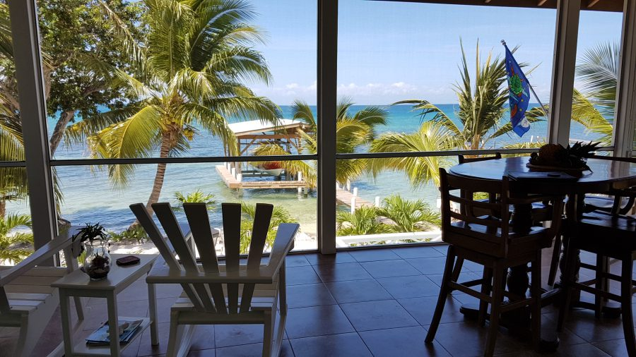 Home SOLD in Utila - Crystal Beach House at Pine Point