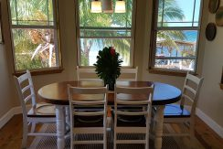 Crystal Beach House - Dining Area