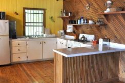 Blue Moon Beach House - kitchen