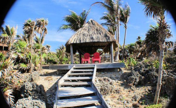 Bungalow at Paradise Cove - steps to palapa