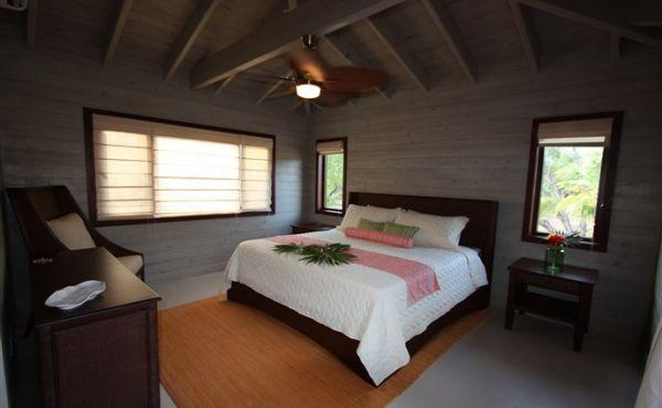 Cottage at Coral Beach Village - Bedroom