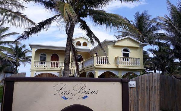Las Brisas at Paradise Cove- front gate