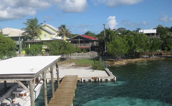 Casa Colorado in Sandy Bay (with waterfront & private dock)