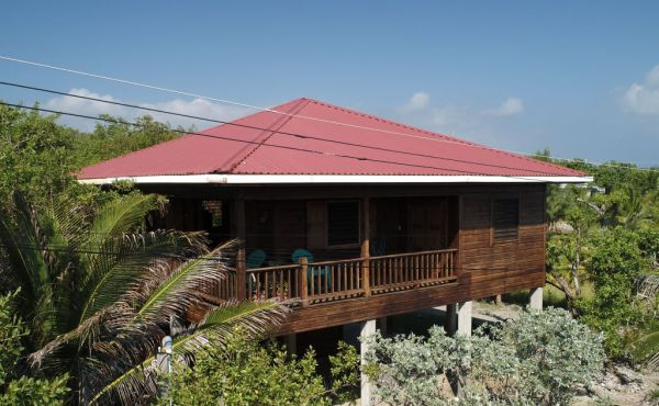 Old Airport Beach House - Photo 1